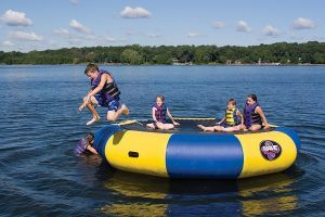 aquatic-water-trampoline